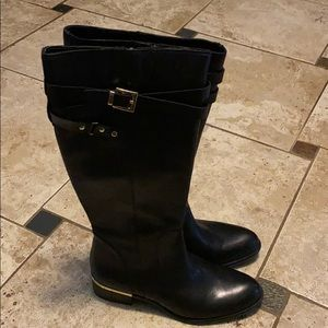 New Never Worn leather zip up riding boot